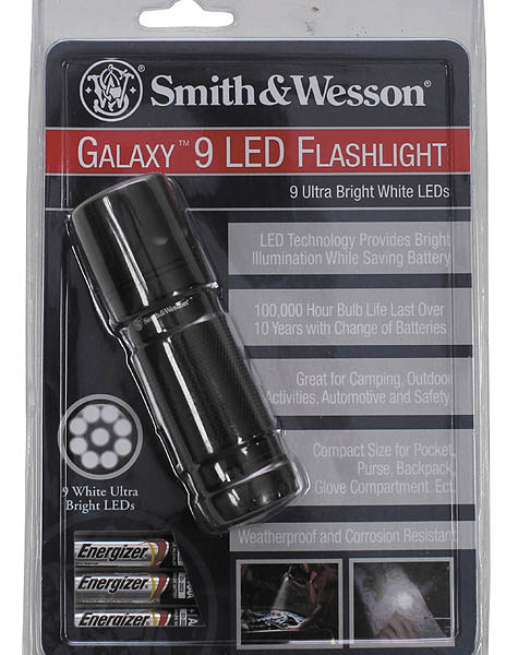 Smith & Wesson Galaxy Rúdlámpa 9 LED-5063